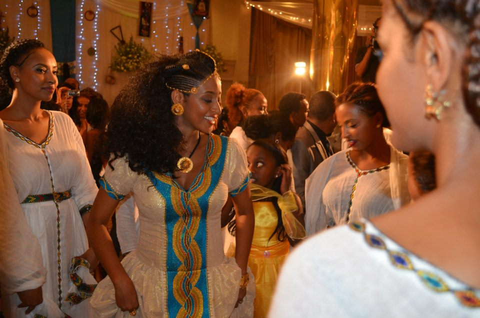 Tedi afro wedding